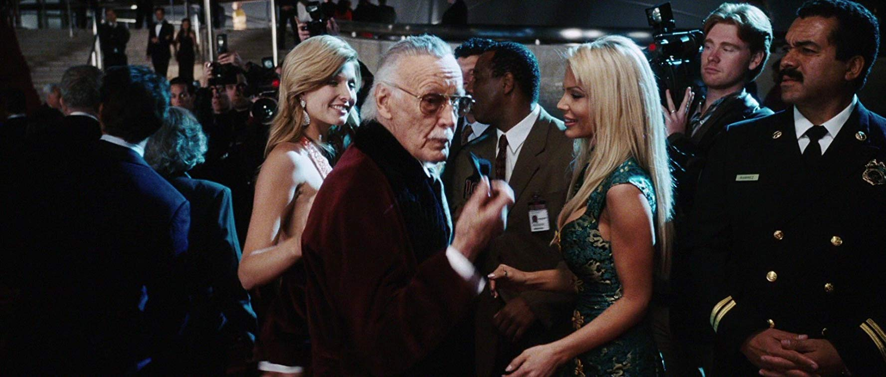 Stan Lee participa de sua primeira cena no MCU.