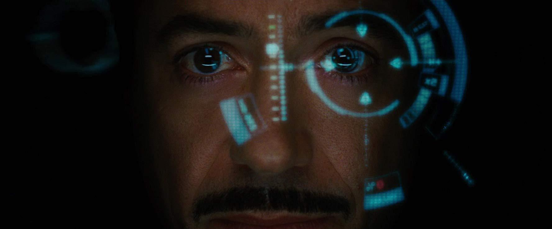 Visão de Tony Stark dentro da armadura - ainda veríamos muito essa cena.