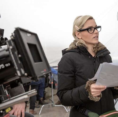 Elizabeth Banks directing Charlie's' Angels