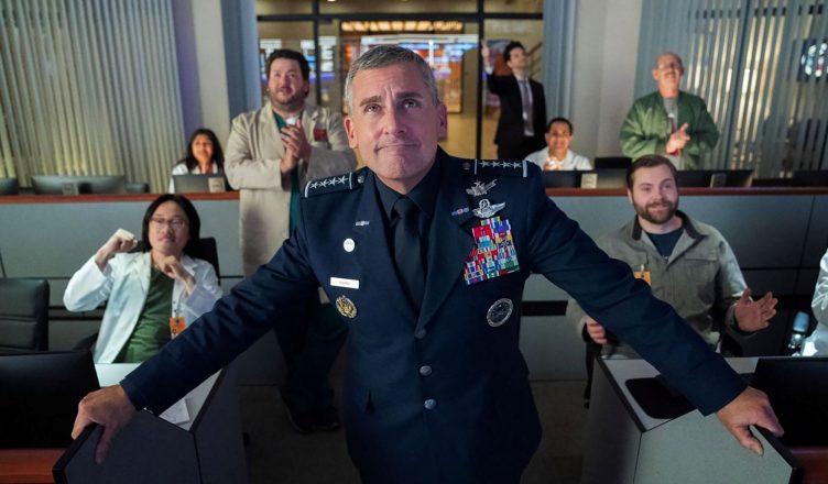 Steve Carell em Space Force, nova série da Netflix.