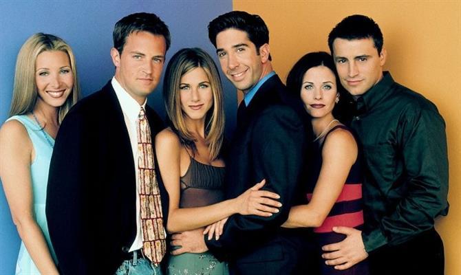 David Schwimmer revela a sua opinião sobre o namoro entre Ross e Rachel em Friends.