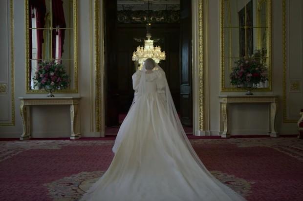 A quarta temporada de The Crown ganhou o teaser oficial pela Netflix.