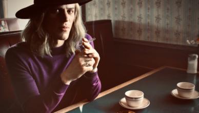A cinebiografia não autorizada sobre David Bowie, Stardust, ganhou seu primeiro trailer.