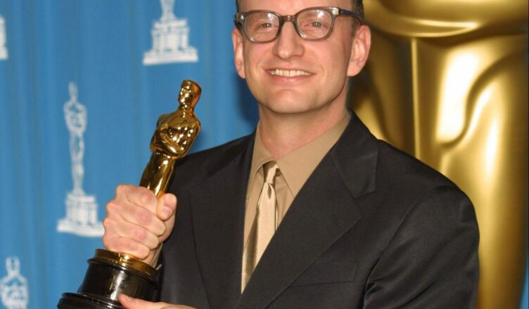 Steven Soderbergh, Stacey Sher e Jesse Collins vão produzir a cerimônia do Oscar 2021.